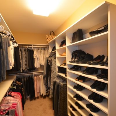 Bon Long And Narrow Walk In Highlights, Closet Curves Design With Long Hanging,  Double