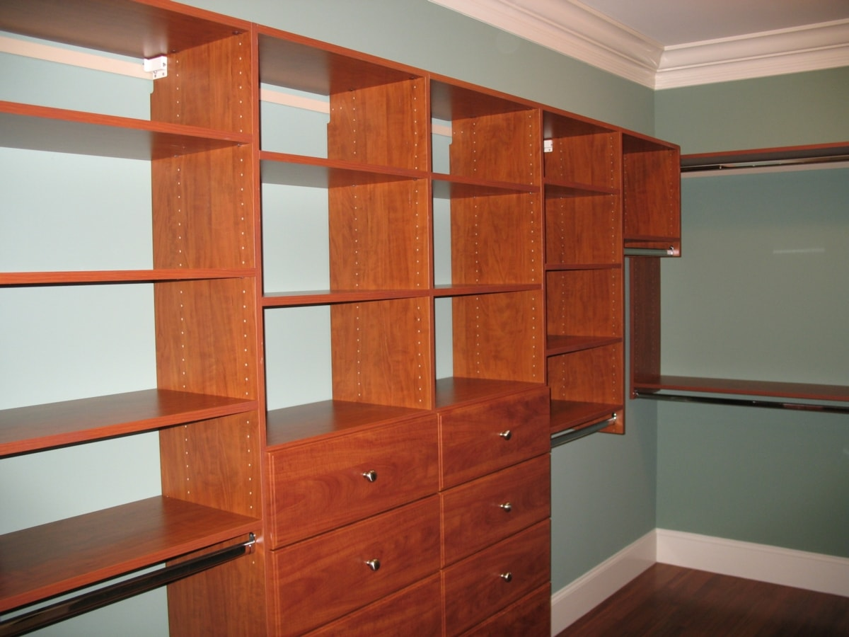 Deluxe Wall Mount Closets Closet Curves Ets Displays